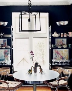 Cool dining room interior #diningroompaintcolors #diningroompaintideas