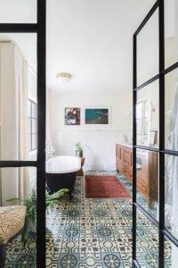 Striking tile flooring ideas bathroom #bathroomtileideas #showertile #bathroomtilefloor
