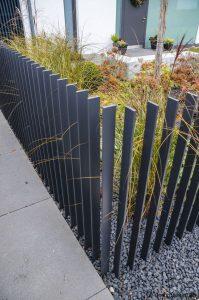 Wonderful white vinyl fence #privacyfenceideas #gardenfence #woodenfenceideas