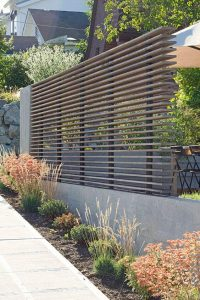 Brilliant lowes vinyl fence #privacyfenceideas #gardenfence #woodenfenceideas