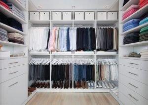 Fabulous small walk in closet #walkinclosetdesign #closetorganization #bedroomcloset