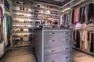 Unbelievable build your own closet #walkinclosetdesign #closetorganization #bedroomcloset