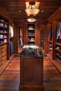 Extraordinary closet clothes organizer #walkinclosetdesign #closetorganization #bedroomcloset
