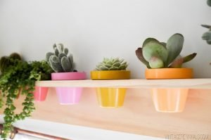 Terrific indoor plant shelf #diyplantstandideas #plantstandideas #plantstand