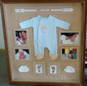 Amazing easy shadow box ideas #shadowboxideas #giftshadowbox #shadowboxideasmilitary