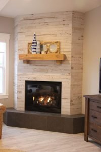 Breathtaking corner fireplace #cornerfireplaceideas #livingroomfireplace #cornerfireplace