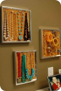 Striking winter bulletin board ideas #corkboardideas #bulletinboardideas #walldecor