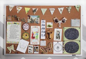 Glorious cork bulletin board #corkboardideas #bulletinboardideas #walldecor
