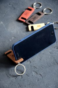 Unique charging phone case #diyphonestandideas #phoneholderideas #iphonestand