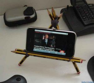 Unforgettable diy mobile holder for car #diyphonestandideas #phoneholderideas #iphonestand