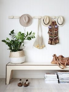 Extraordinary hat rack plans #diyhatrack #hatrackideas #caprack #hanginghatrack