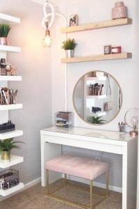 Astounding makeup set #makeuproomideas #makeupstorageideas #diymakeuporganizer