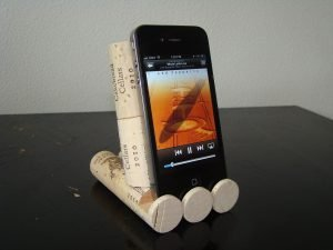 Epic car phone holder #diyphonestandideas #phoneholderideas #iphonestand