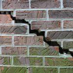 causes of foundation cracks
